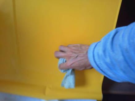 キッチンのシンクのカスタマイズ メークアップシートの貼り方5