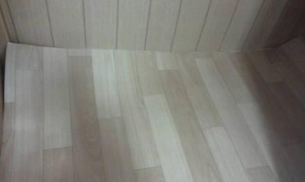セパレートタイプにするためにトイレの新設 床シートのシート