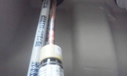 ャンプードレッサーの新設 シャンプードレッサーに給水金具裏から締め付け
