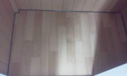 セパレートタイプにするためにトイレの新設 床周りシール完成