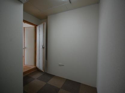 防音室入り口側