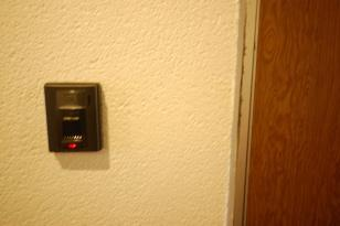 テレビインターホンがカスタマイズできるアパート 例