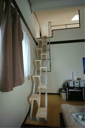 手すり壁の上を適切な高さで壁まで取り付けるタイプ