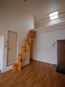 ロフト付アパートC51 ロフト階段側