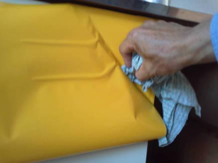 キッチンのシンクのカスタマイズ メークアップシートの貼り方4