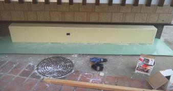 床下換気孔の防音 前板の耐水石膏ボードを張る