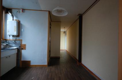 角部屋ワンルームマンション ダイニングキッチン入り口側