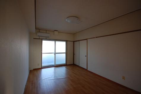 超防音室付ファミリーマンションA303 広い洋室