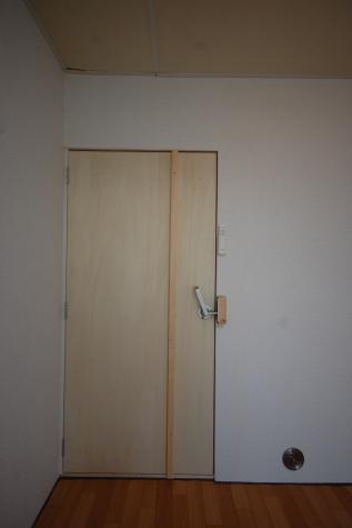 超防音室付ファミリーマンションA303 防音扉内扉内側