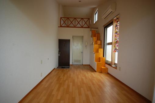 ロフト付きアパートの写真