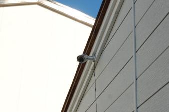 防犯対策アパート 郵便受けを監視する防犯カメラ(録画機能付き)