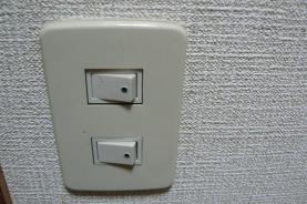 防音対策 普通の電気スイッチ