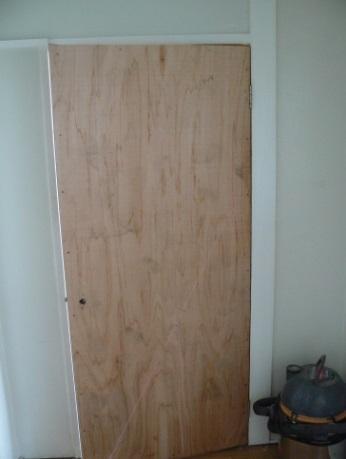 防音ドアの建て込み取り付け
