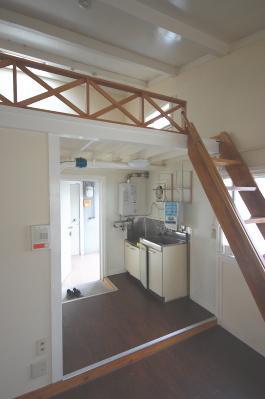 ロフト付きお部屋の選ぶポイント 台所やお風呂の上にロフトがあると低くても大丈夫