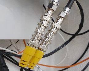 防犯カメラ通信線の延長 通信線の接続