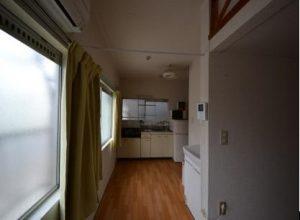 南向き角部屋ロフト付アパート南向きキッチン